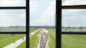 nueva-aplicacion-recorrer-Auschwitz-computadora_CLAIMA20141202_0089_36