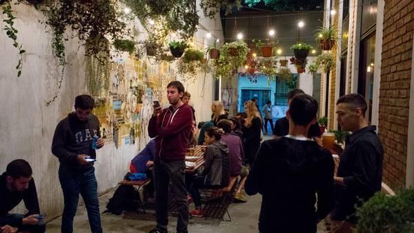 benaim-opcion-joven-comida-callejera_claima20161029_0110_28